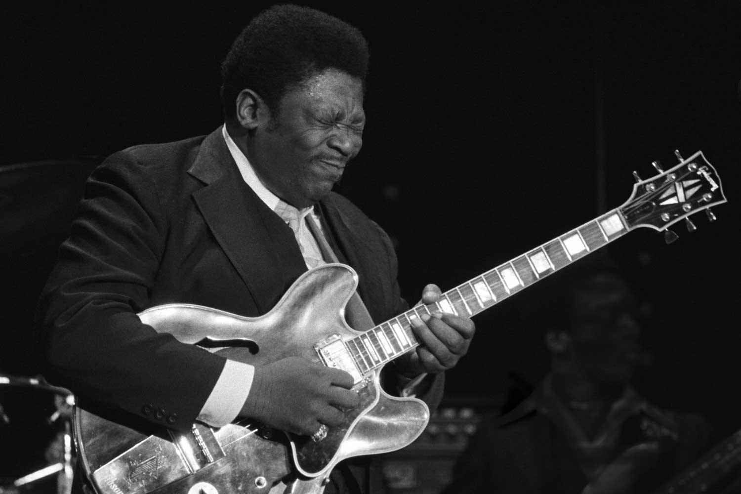 happy birthday b b king an appreciation and personal history alan paul. Black Bedroom Furniture Sets. Home Design Ideas